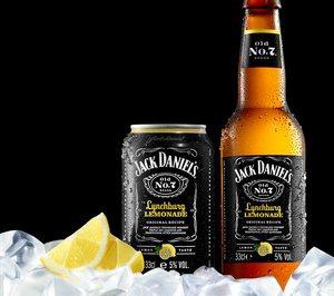 Brown Forman lanza en España su Lynchburg Lemonade en versión embotellada lista para beber.